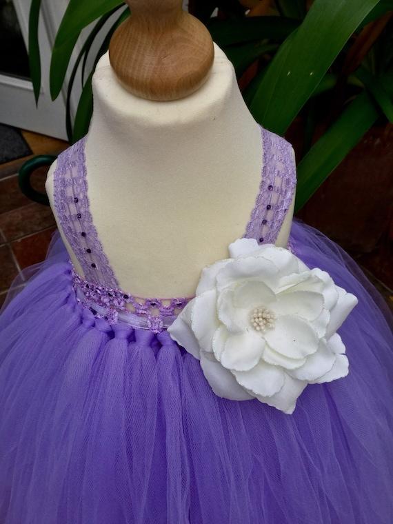 Inspiré par la princesse Sophia, fée fleur lilas, premier anniversaire, fille de fleur, juste une jolie petite robe de style empire