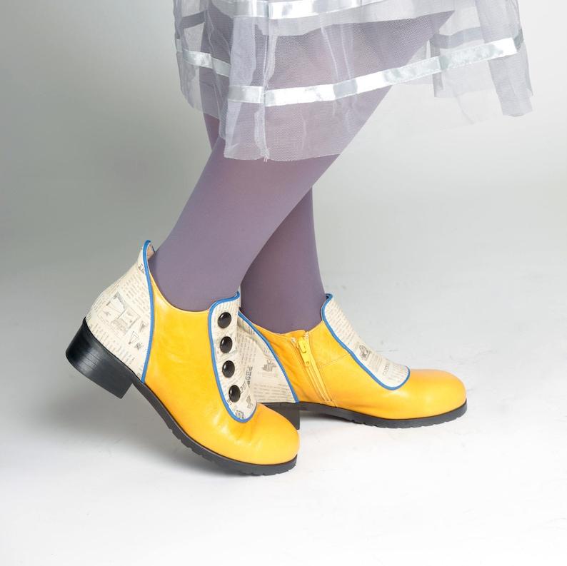 826dee06301e Vintage giallo donne inverno scarpe stivaletti piatto giallo | Etsy