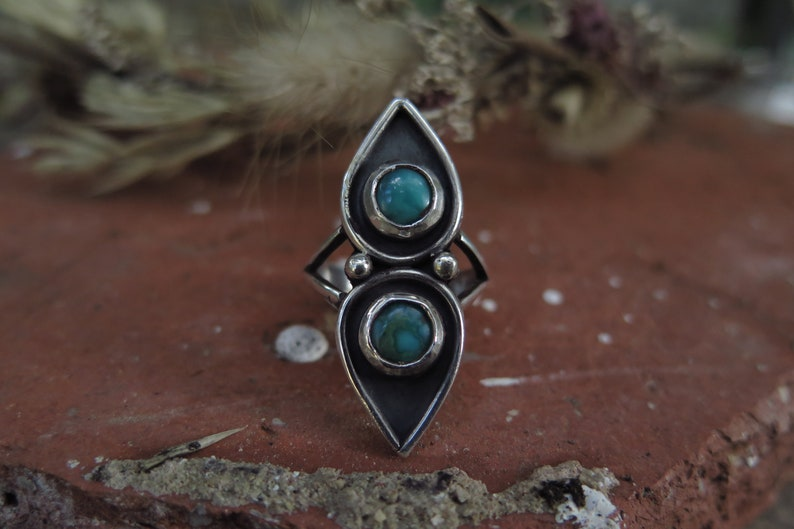 Teardrop silver ring Vintage ring Turquouises Teardrops Silver Ring Size 6.5 US