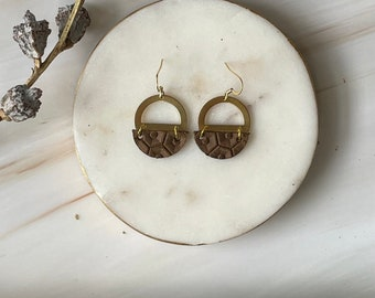 Leather &  Brass Circles Earrings // Lightweight Earrings // Up-cycled Earrings