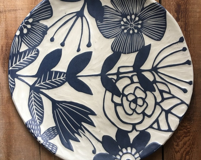 Featured listing image: Large Floral Round Platter