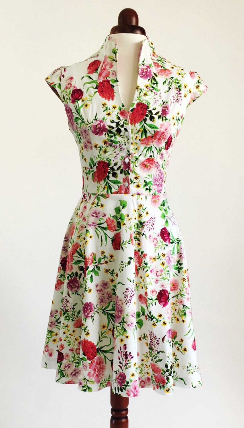 bd0e719620d Spring flower dress floral dress summer dress vintage style