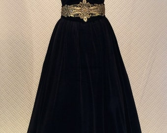 Ball gown, vintage style dress, velvet dress, prom dress, black dress, strapless dress, evening dress, long dress