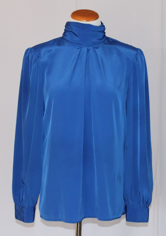 Willow Ridge Pullover Button Neck Blouse