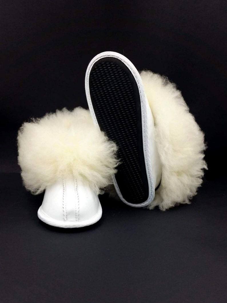 Womens Ladies Slippers Natural Leather Sheepskin Moccasins Handmade Shoes White