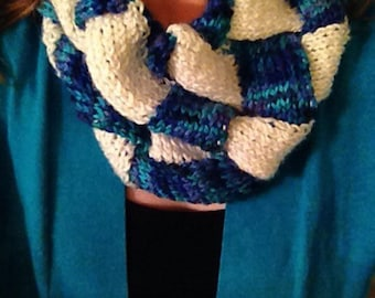 Pacifico Infinity Cowl