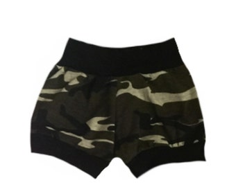 Camo,  camouflague, shorts, baby bottoms, pants, baby leggings, baby girl, toddler shorts, baby boys, baby girls, unisex, gender neutral