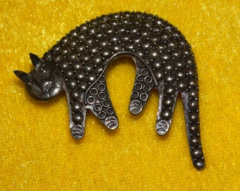 Sterling Silver Not Stamped Handmade Cat Brooch.