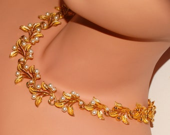 Napier Gold Tone Gorgeous Pearl Choker Necklace.