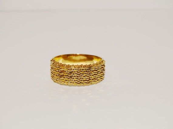 14k Solid Yellow Gold Mexican Designer 7g. size 10