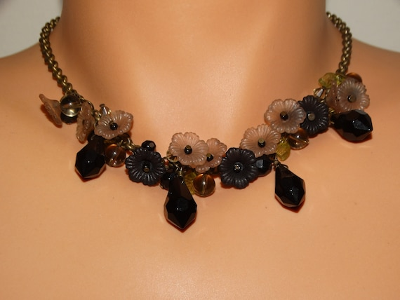 Brass Glass &Plastic Flowers Set Earrings Necklace