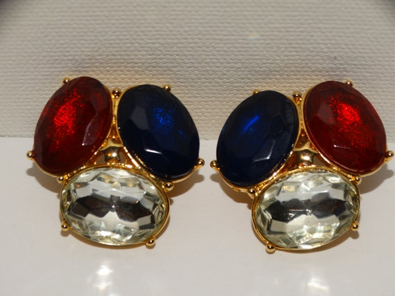 TRIFARI Clip On Earrings. - image 6