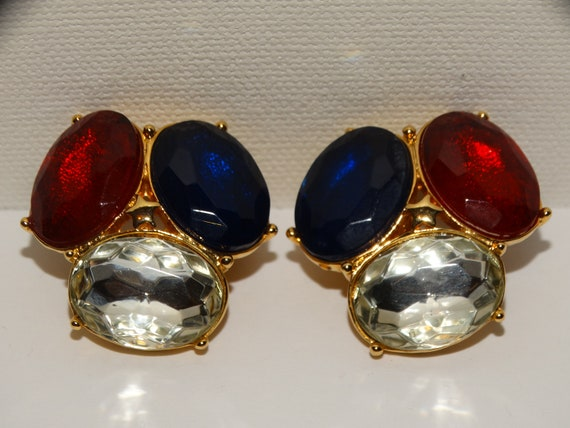 TRIFARI Clip On Earrings. - image 4