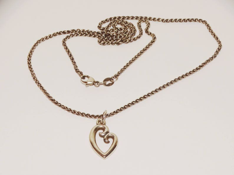 0712ba25968aa James Avery Sterling Silver Love Heart Necklace.