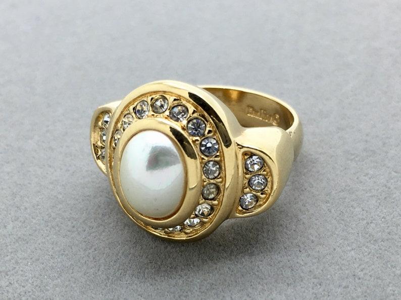 697315fa214 Vintage Christian Dior doré perle et strass anneau bague en