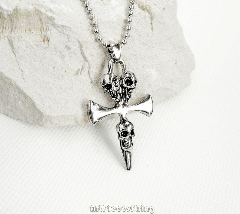 d9c0cbb9eb21 Chaîne de Trinité gothique Croix collier Viking collier de