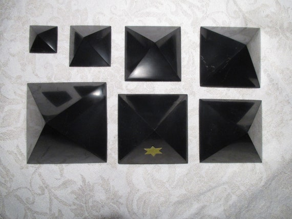 SILVER SHUNGITE Pyramids + Cubes 2  15 cm EMF-Protection: neutralize +  clear Electrosmog > Laptop Computer WiFi WLan Microwave protection