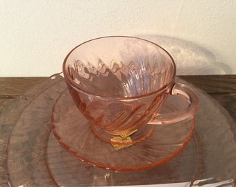 Arcoroc Rosaline Pink Swirl Wine Goblets, 6 Available : Copperton Lane  Antiques and Collectibles | Ruby Lane