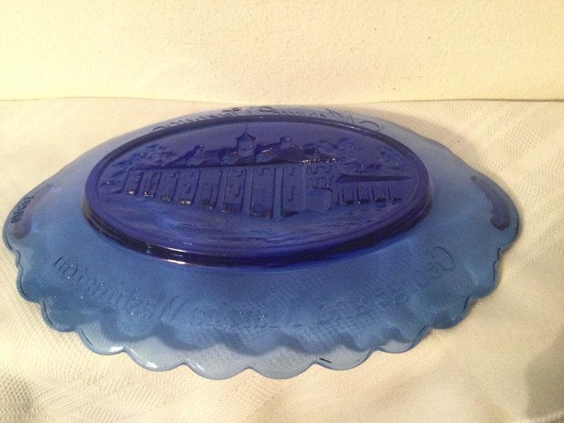 Vintage AVON MOUNT VERNON DishPlate   Cobalt Blue Oval George and Martha Washington