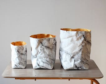 Sac en papier motif marbre, corbeille à papier lavable, minimaliste, luxe, eco, décor à la maison, décoration, rangement élégant, mariage, eco chic