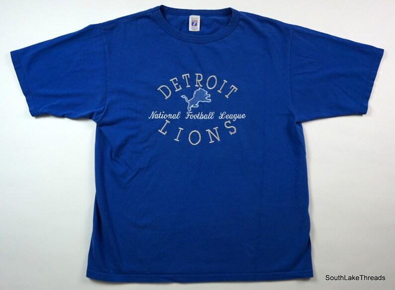15fc6d3a VTG 90s Detroit Lions Logo 7 Embroidered Spellout Logo T-Shirt Men's Large
