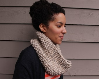 Chunky Knit Oatmeal Beige Cowl / Infinity Scarf