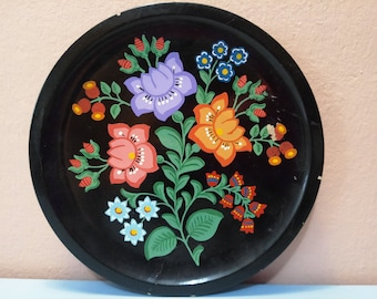 Flowers Wall plate, Wall plate, Antique Wall plate , Decorated wall plate, Wall Hangings Plates, Plate collectors,Decorative Wall Plate