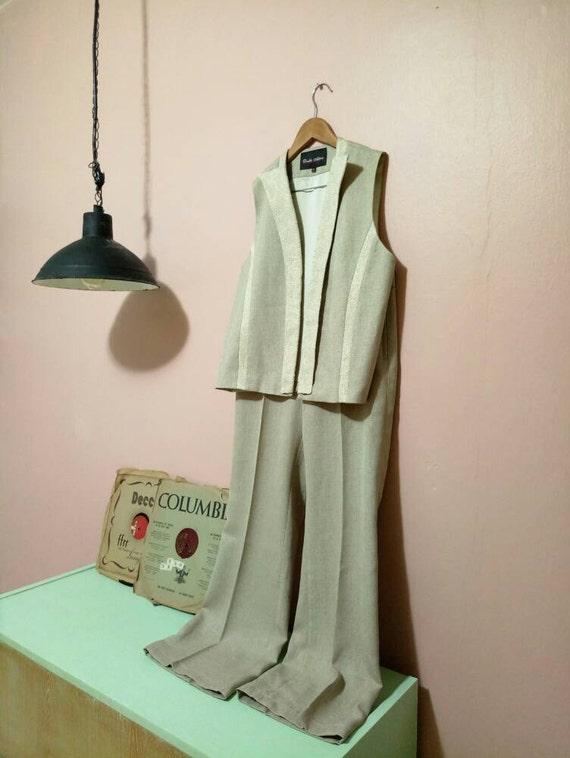 Womens Suit.90's vintage Women's suit. Vintage Wom