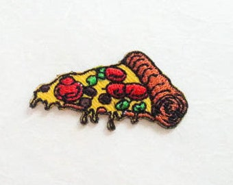 Pizza Iron on Patch(S1)-Pizza Applique Embroidered Iron on Patch -Size 4.2x2.2 cm(BP)