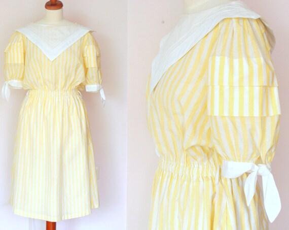 Vintage Summer Dress / Striped Cotton Dress / Collared Dress / White Pastel Yellow / size medium