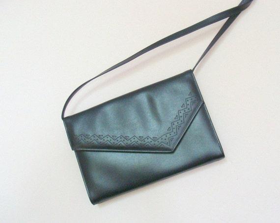 Sale Vintage Faux Leather Dark Navy Shoulder Clutch Envelope Bag / Detachable Strap