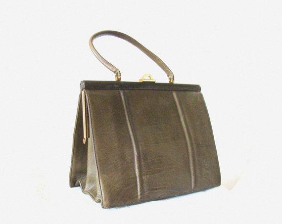 Beautiful 1950's Leather Handbag / Purse / Khaki Green