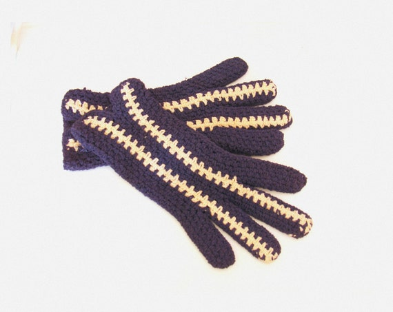 Beautiful Vintage French Crocheted Navy Blue Cream Gloves / Small Hand Gloves / Retro Gloves