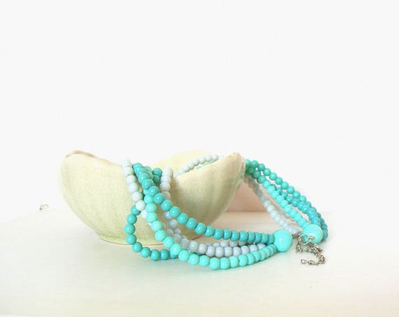 Beautiful Vintage 5 Strands Mint Pale Blue Coloured Twisted Beads Necklace