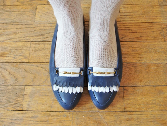 Vintage Blue White Leather Slip on Tassel Loafers / size EU 40 Preppy