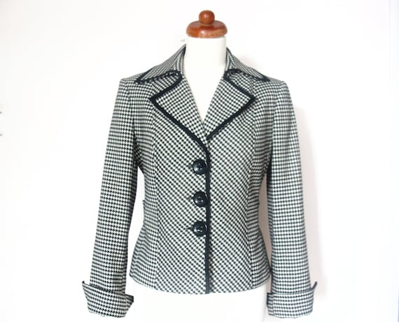 Vintage Black & Cream Pied de Poule Check Fitted Jacket /  size UK 10-12