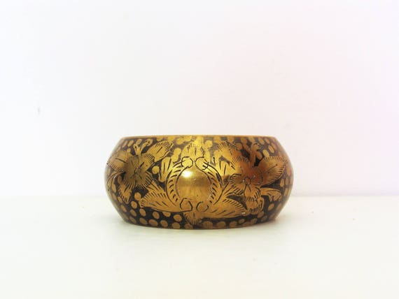 Vintage 1970's Wide Brass / Chunky Bangle / Heavy Bangle / Hippie / Boho / Ethnic