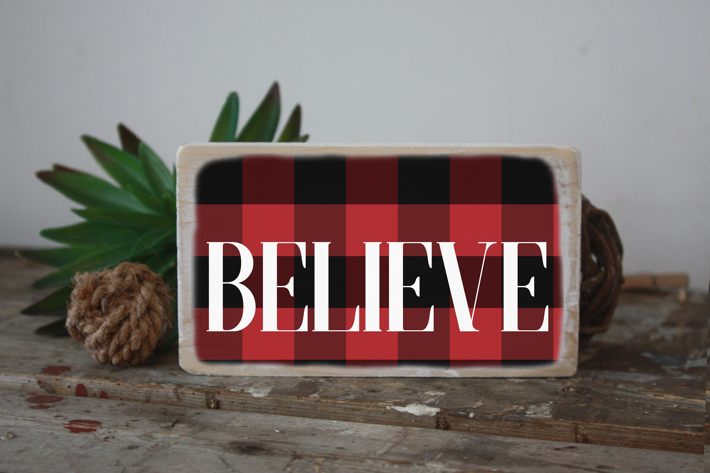 Believe Sign Christmas Sign Buffalo Plaid Mini Wood Sign Christmas Accent Modern Farmhouse Decor Small Signs Christmas Home Decor