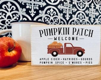 "Welcome Pumpkin patch truck wood sign / simple Halloween fall decor / 3.5x6"""