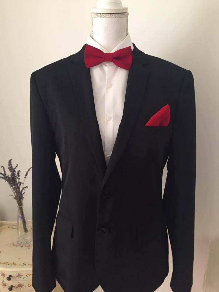 set noeud papillon et pochette costume tissus rouge. Black Bedroom Furniture Sets. Home Design Ideas