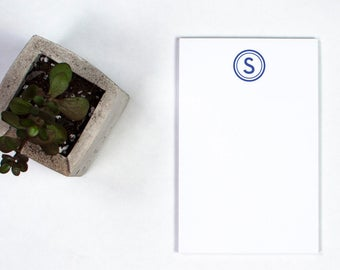Monogrammed Notepad - Bobbie