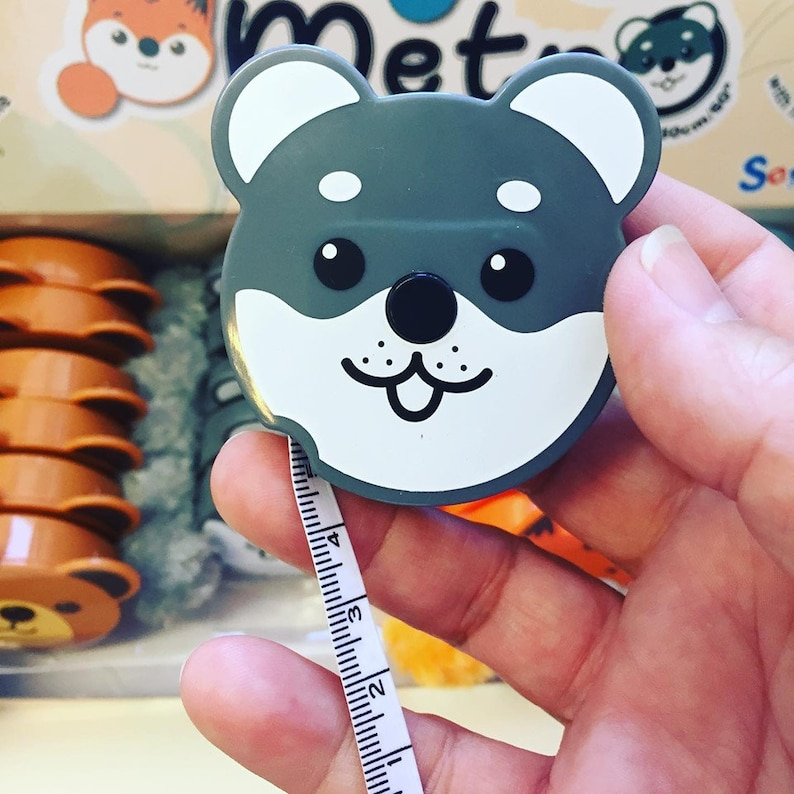 Tape measure retractable for inch and cm in shape of animals like fox cat  dog and bear super cute with a little pompom to pull out