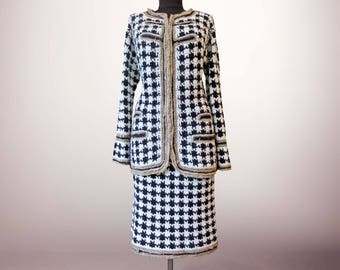 Handmade crochet houndstooth tweed suit Madelyn. Classic women crochet tweed suit. Natural silk crochet suit. Made to order. Free shipping.