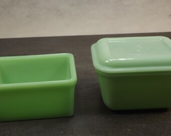 Jadeite Fire King two square fridge containers