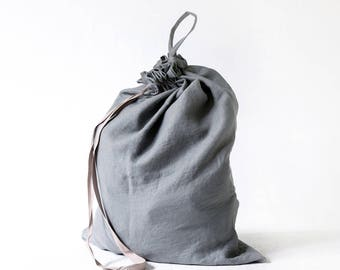 Dorm laundry bag made of stone washed linen in slate color