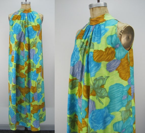 Vintage 60s cotton Hawaiian dress, floral Hawaiia… - image 1
