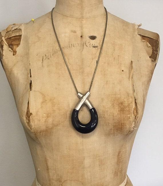 70s modernist lucite necklace, purple lucite, abst