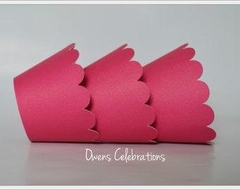 Hot pink cupcake wrappers with scalloped edge, pink cupcake decorations by Owens Celebrations