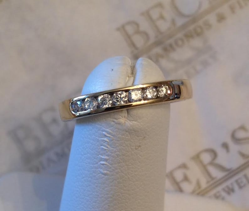 Vintage 14k yellow gold 7 Round Diamond Channel Set Wedding Band, 3mm wide,   21 tw GH-SI2-I1, size 6 25