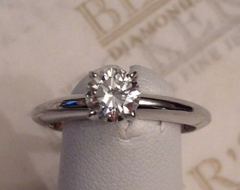 Vintage 14k white gold Round Brilliant Cut Diamond Solitaire Engagement Ring, .60 ct G-SI1 size 5.75